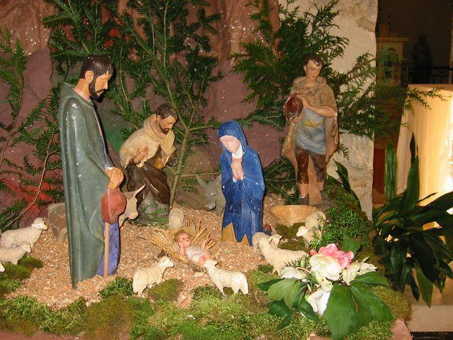 20 - Noël........comme vous l'entendez.....photos reçues !!! - Page 3 4525_creche_trouhaut