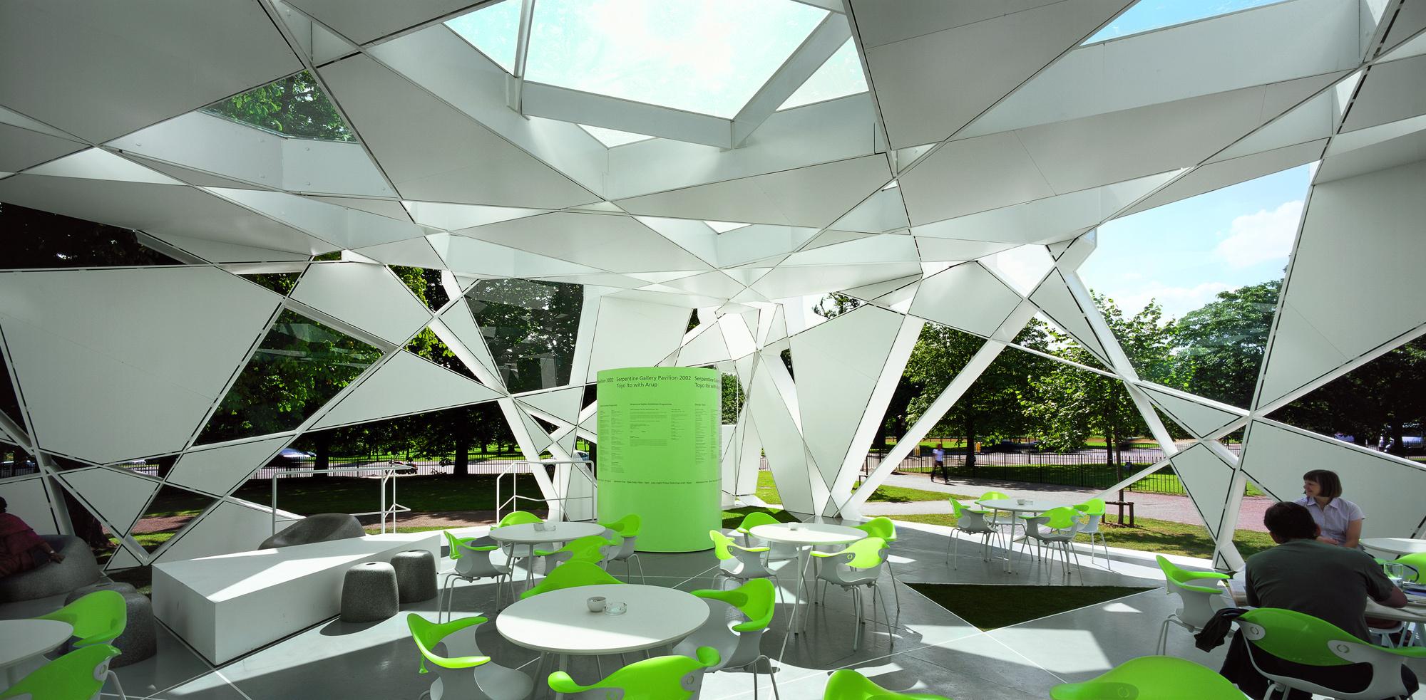 Najpoznatije svetske arhitekte 51423dc6b3fc4b43eb000059_serpentine-gallery-pavilion-2002-toyo-ito-cecil-balmond-arup_6-iii