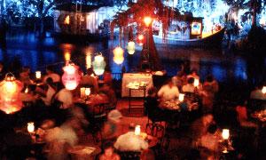 (Mini guide) Les restaurants de Disneyland Resort en Californie BlueBayouDinLowBand