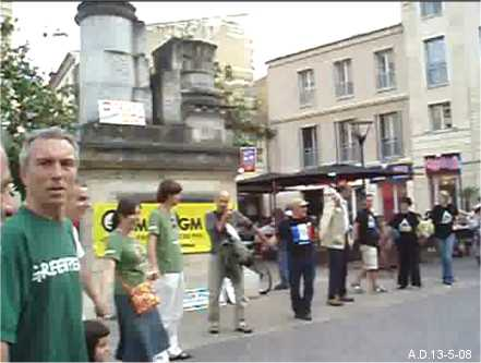 non OGM 2008 à bordeaux (vidéo) reportages Loi_ogm2