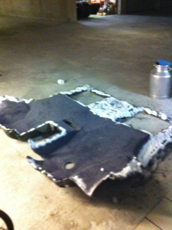 Remise à neuf moquette Vito MP + fabrication moquette intégrale sur mesure IMG_3573