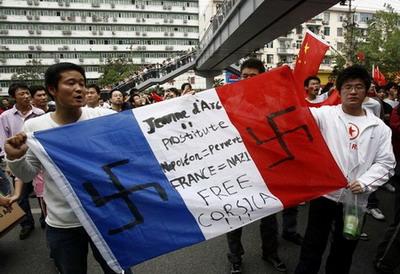 La France, tête à claques planètaire ? China_anti_french_1