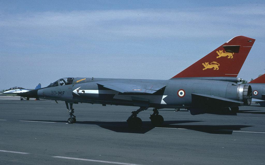 *Renaissance en-cours* Dassault Mirage F1 [ESCI 1/48] BA_112_f1_deco_1991
