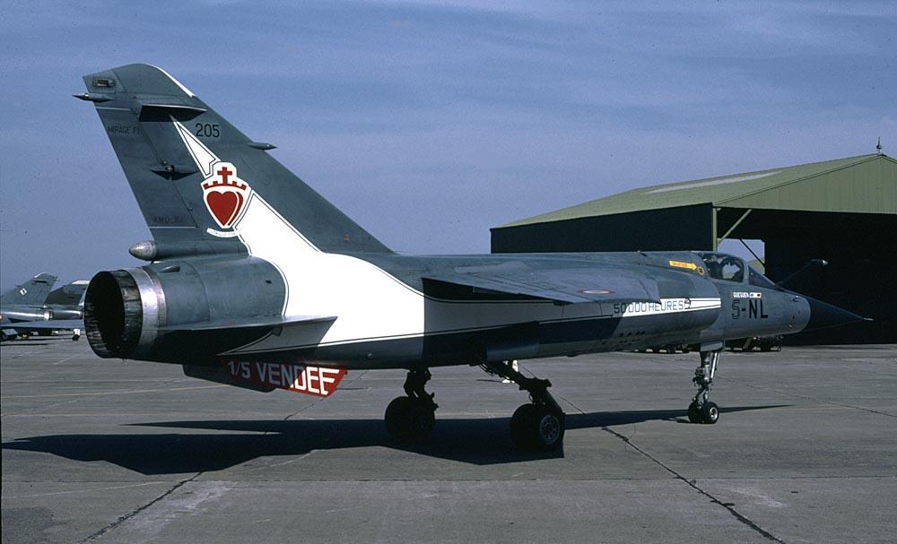 *Renaissance en-cours* Dassault Mirage F1 [ESCI 1/48] F1C_205_deco_Dt