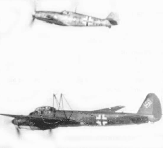 Des hélices et des ailes Mistel01