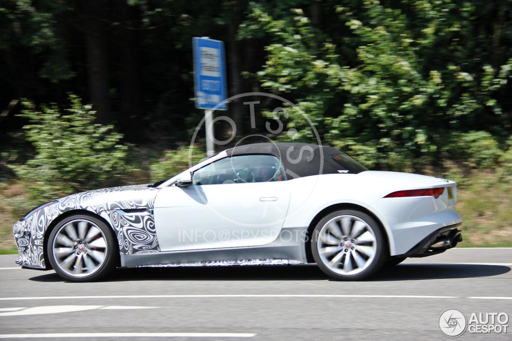 2012 - [Jaguar] F-Type - Page 14 Jaguar-f-type-rs-c141623072014205632_4