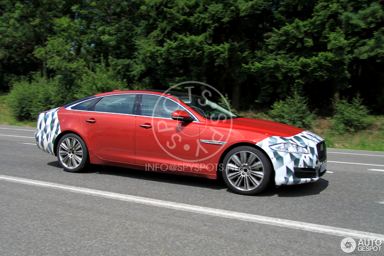 2015 - [Jaguar] XJ Restylée - Page 2 Jaguar-xj-2015-c135107092014143104_3