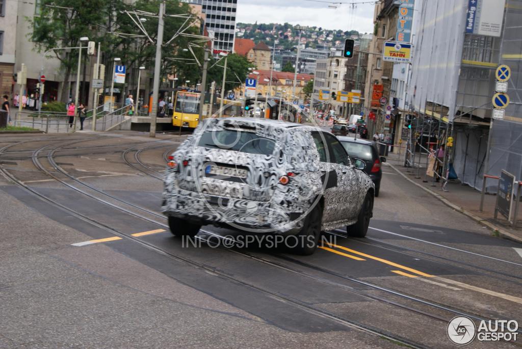 2015 - [Mercedes] GLC (GLK II) [X205] - Page 6 Mercedes-benz-glk-x205-2015-c635109092014163959_10