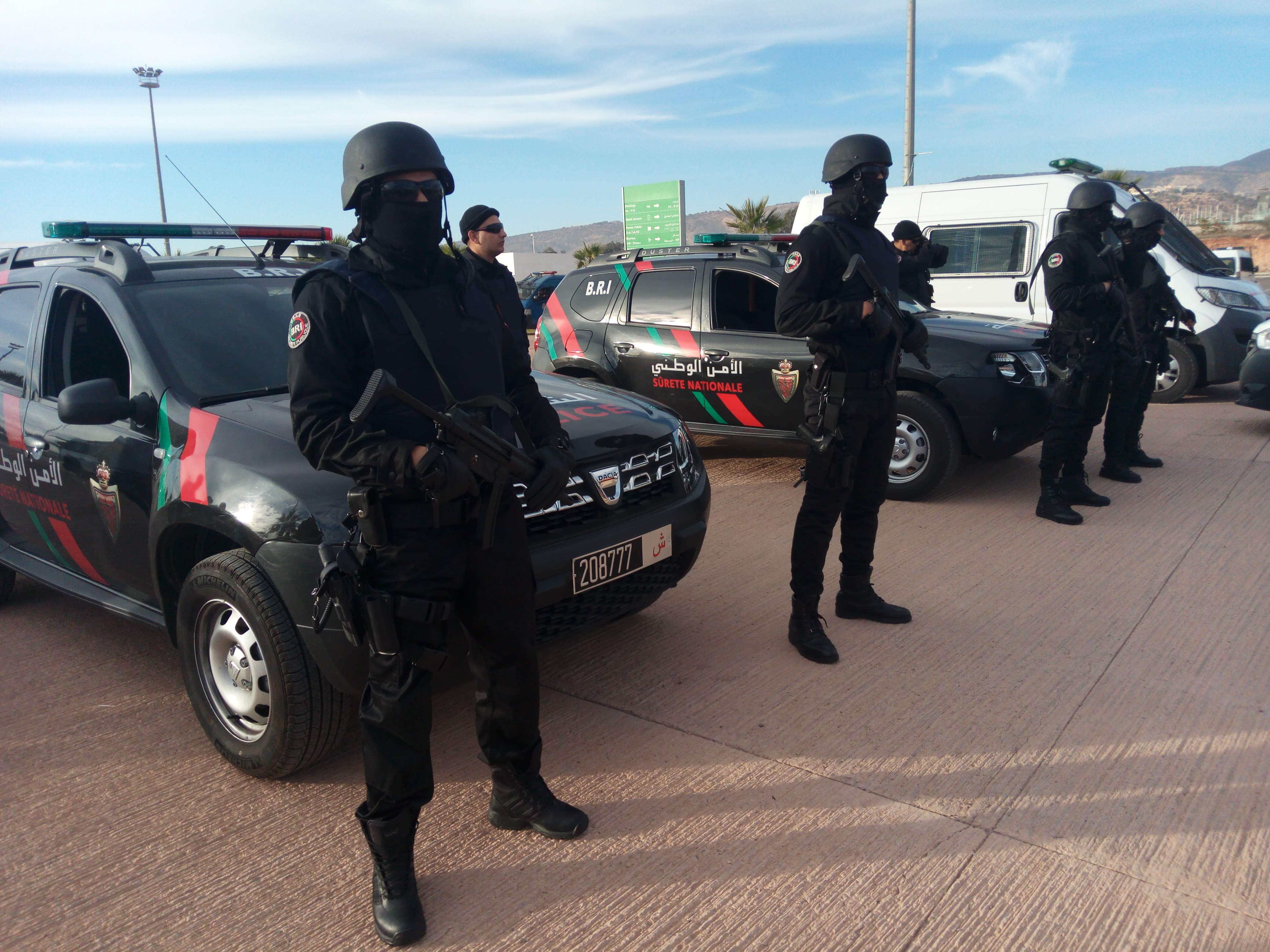 Moroccan Special Forces/Forces spéciales marocaines  :Videos et Photos : BCIJ, Gendarmerie Royale ,  - Page 12 IMG_20171231_162858