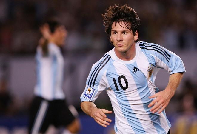صور ميسي لاعب نادي برشلونة الاسباني  Messi_full