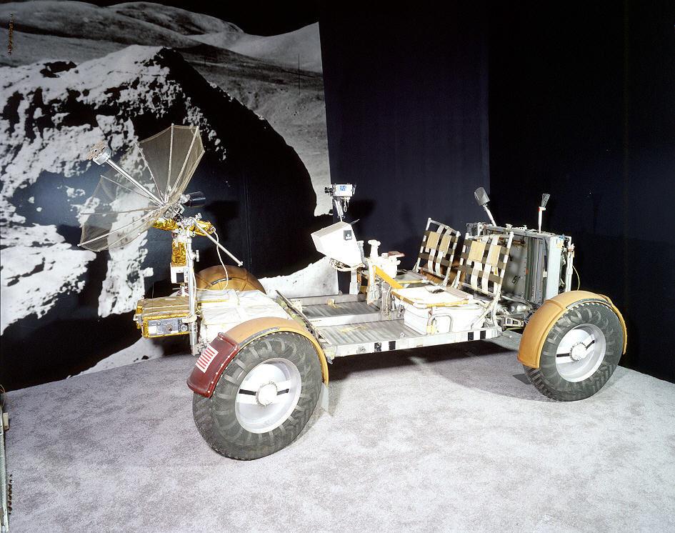 Lunar Rover. A19760746000CP02