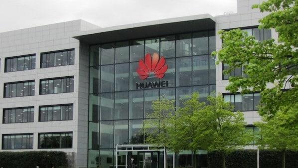 هواوي تستعد لدخول سوق الحواسيب الشخصية من خلال حاسبها المحمول Matebook - صفحة 2 Huawei_official_19-598x337
