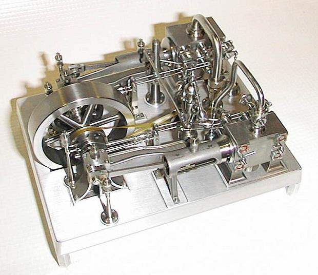 مخترج المحرك البخاري Steam-engine