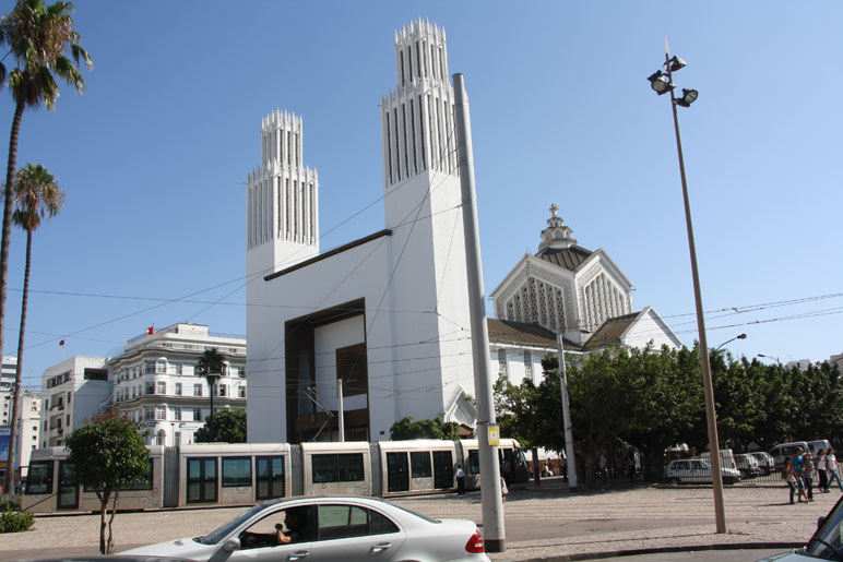 Royaume du Maroc - Page 2 Eglise