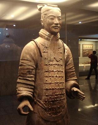 Armee de soldats en terre cuite XiAn_Soldat_debout_t