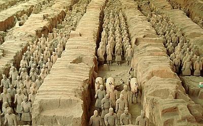 Armee de soldats en terre cuite Xi_an_Armee_terre_cuite_Fosse_1_t