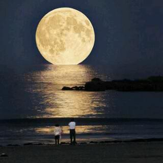 A New Supermoon is Coming this Week - The Best Time to Go Stargazing Ea