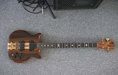Quem faz guitarra também faz baixo? - Music Maker e Dunamiz - Página 2 24455