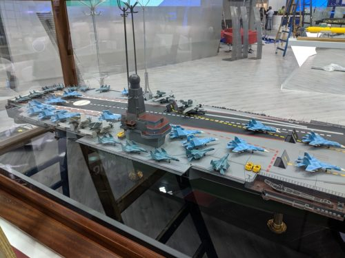 الكشف عن تصميم حاملة الطائرات النوويه الروسيه  Project 11430E 'Lamantin' 66087380_2259938027557334_7112414491547009024_n-500x375