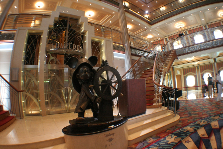 [Disney Cruise Line] De retour en Europe à partir de 2010 ! - Page 3 IMG_8735