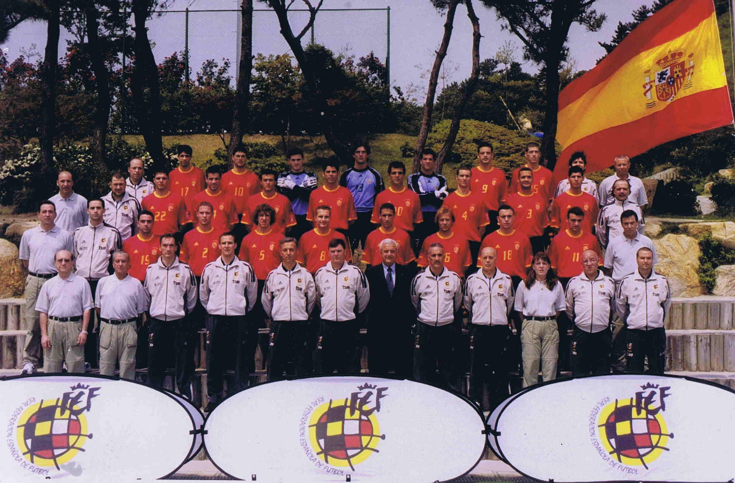 Hilo de la selección de España (selección española) Espana2002