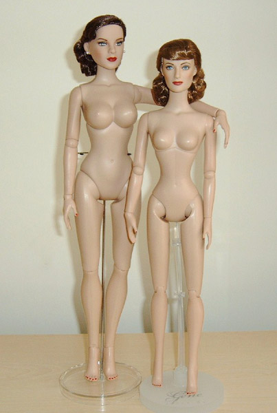 Comparaisons corps fashion dolls: images & liens 112Picture_or_Video_4071