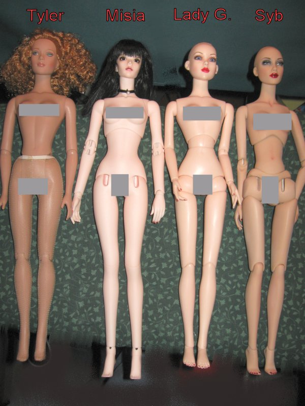 Comparaisons corps fashion dolls: images & liens 288Resin_body_comparisons_w_Tyler