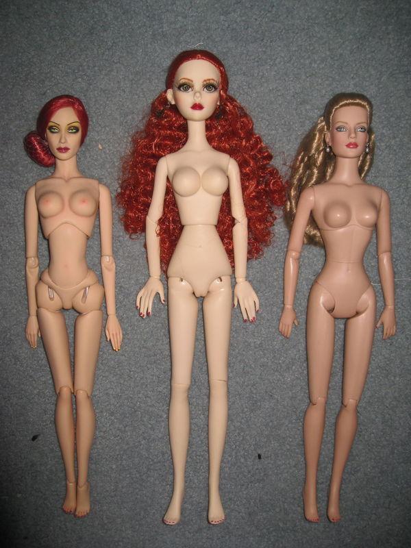 Comparaisons corps fashion dolls: images & liens JohannaIMG_7665