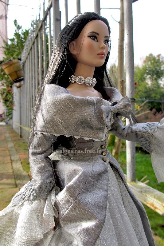 Célebrer le nouvel an comme une princesse -Tonner Mei Li p32 - Page 32 Meili2020_05
