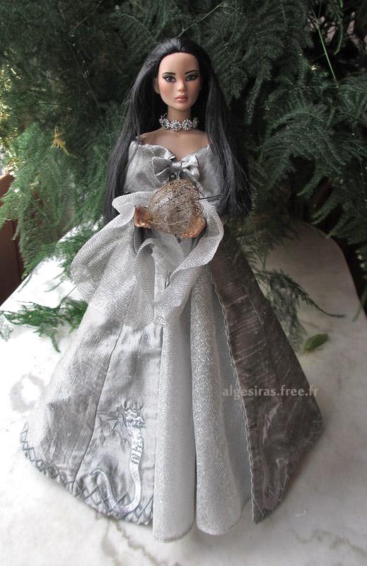 Célebrer le nouvel an comme une princesse -Tonner Mei Li p32 - Page 32 Meili2020_06
