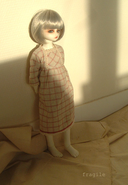 Ondée Illyana (AR white Cosette) petite porteuse de croix p4 - Page 2 Ondee_14