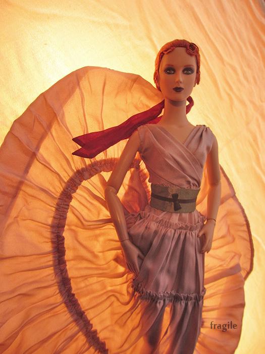 Célebrer le nouvel an comme une princesse -Tonner Mei Li p32 - Page 29 Renee_21
