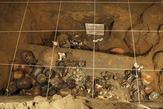 Liquid Mercury Found Under Pyramid at Teotihuacan Mexico-4-compressor