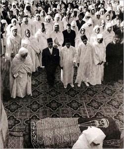 المغفور له جلالة الملك محمد الخامس  T-ph_deces