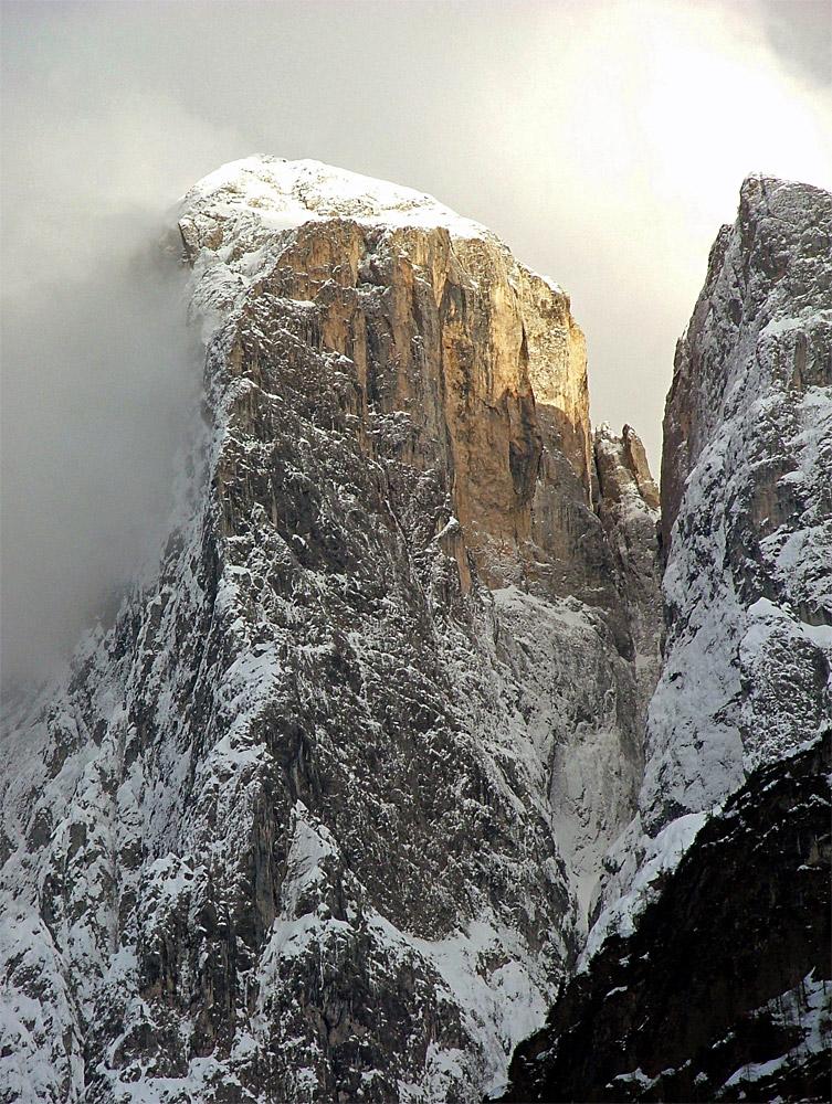 AGNÈR, IL GIGANTE CON IL CUORE La-severa-nord-ovest-in-pieno-inverno-foto-ettore-de-biasio