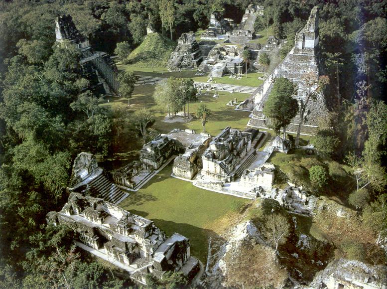 Drevna arhitektura Tikal1