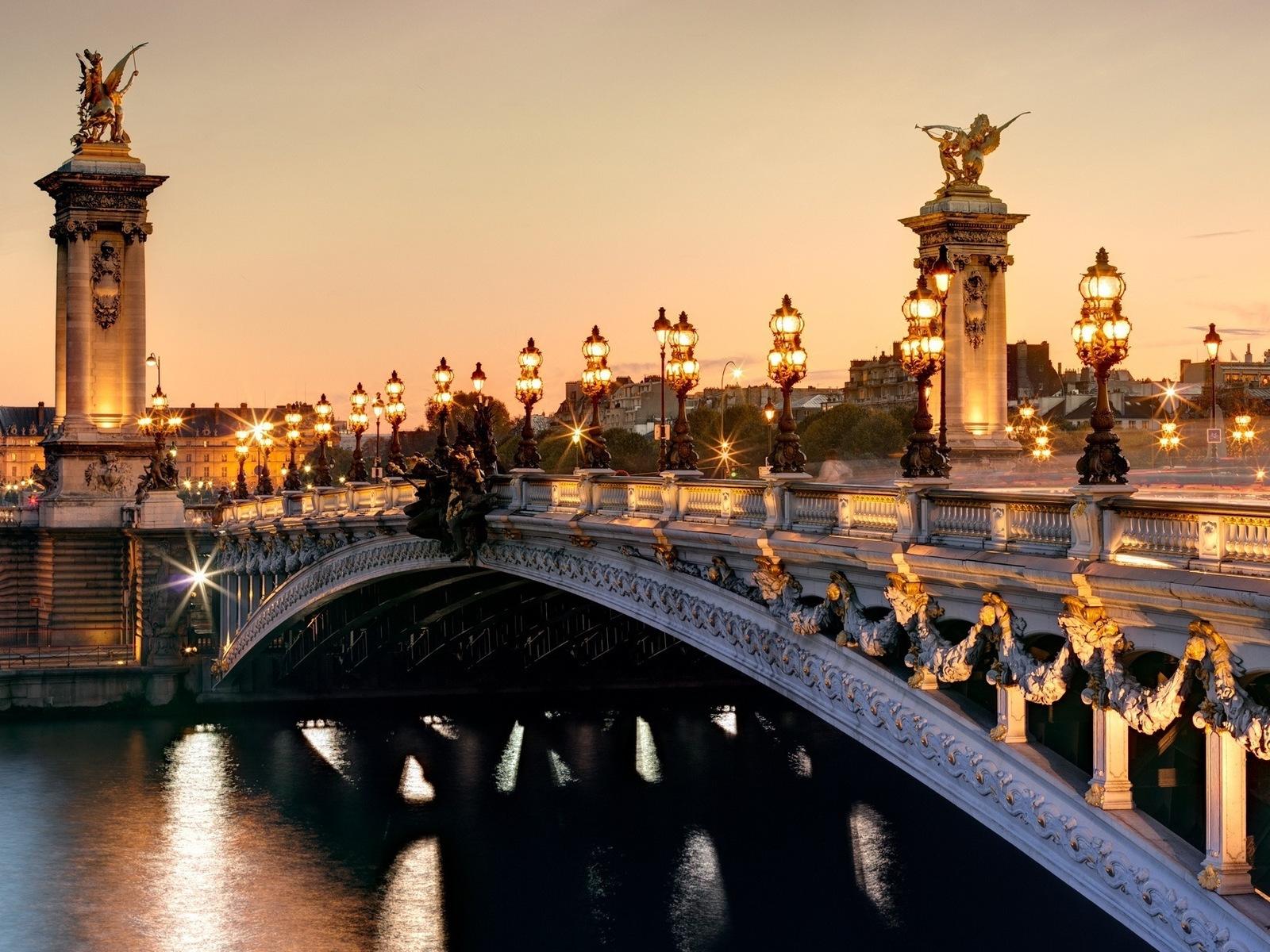 Francuska Alexander_bridge