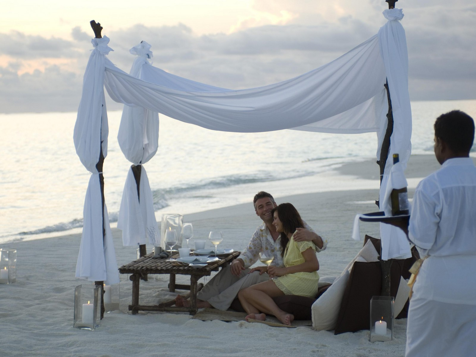 Romantika - Page 5 Maldives_romance-1600x1200