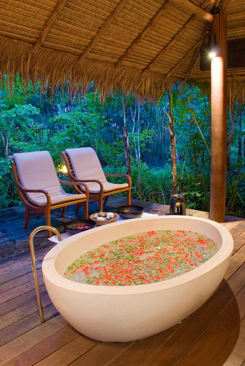 Top 10 ideja za romantično veče  The_Sarojin_Hotel_Thailand_4