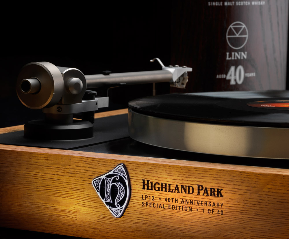 Linn Sondek LP12 Linn_highlandpark_spec_40th_ed_sondek_lp12_close-up_web-res