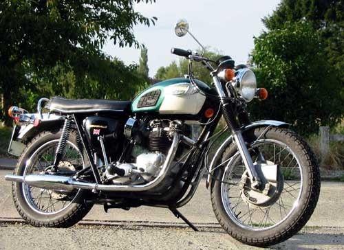 Motos d'époque - Page 2 D932204c