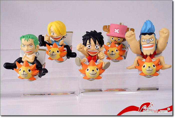 les figurines one piece!! - Page 2 Collection-complete-one-piece-thousand-sunny_39370