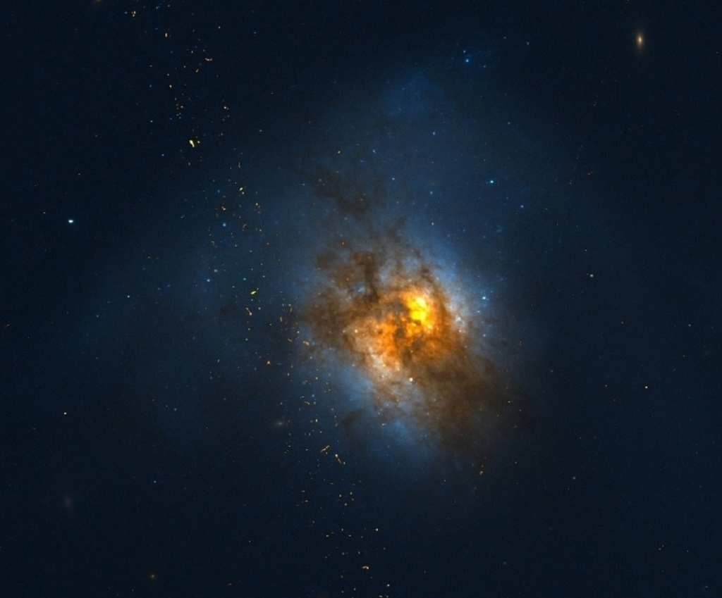 Stelle Galassie Nebulose Buchi neri - Pagina 6 Arp-220
