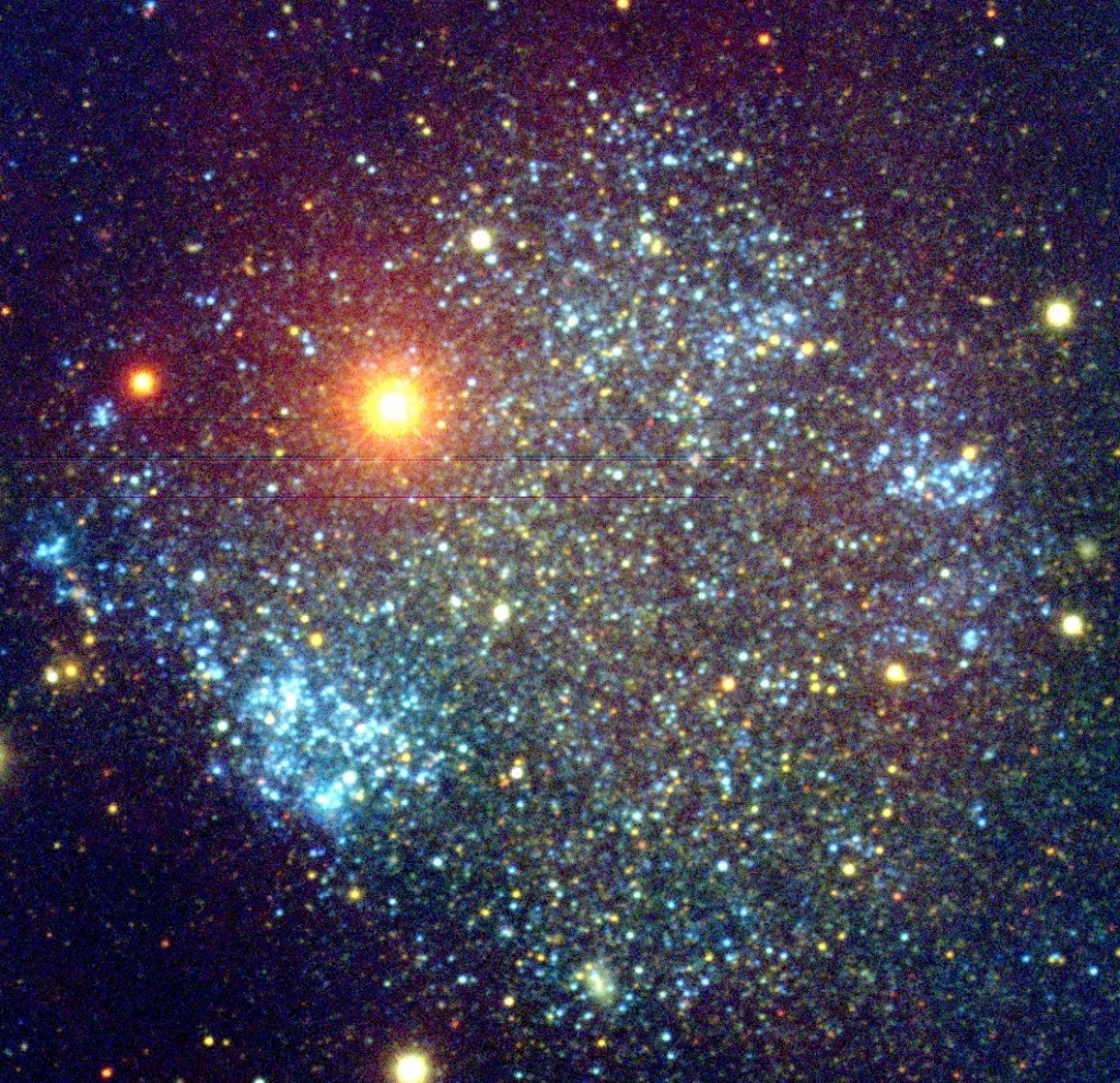 Stelle Galassie Nebulose Buchi neri - Pagina 5 Sextans-A-UGCA-205-is-a-tiny-dwarf-irregular-galaxy-with-a-high-star-formation-that-spans-about-5000-ly-across-4.3-million-ly-away-in-Sextans
