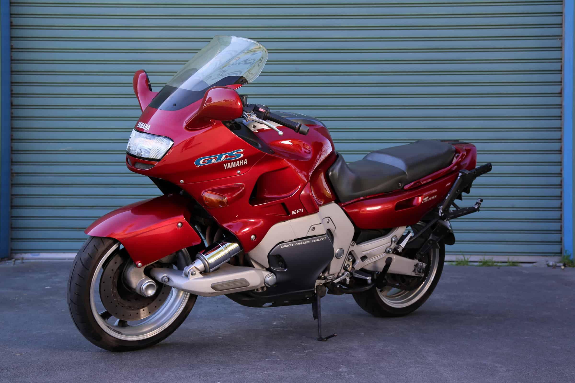 Yamaha GTS 1000 vale a pena? Yamaha-GTS-red-f45ls