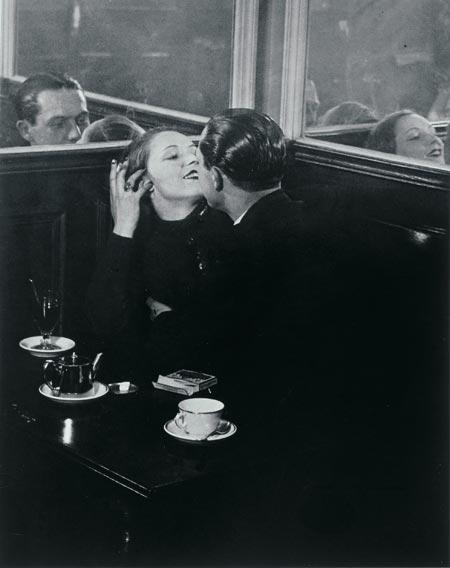 Romantika sacuvana od zaborava... - Page 2 Brassai_2