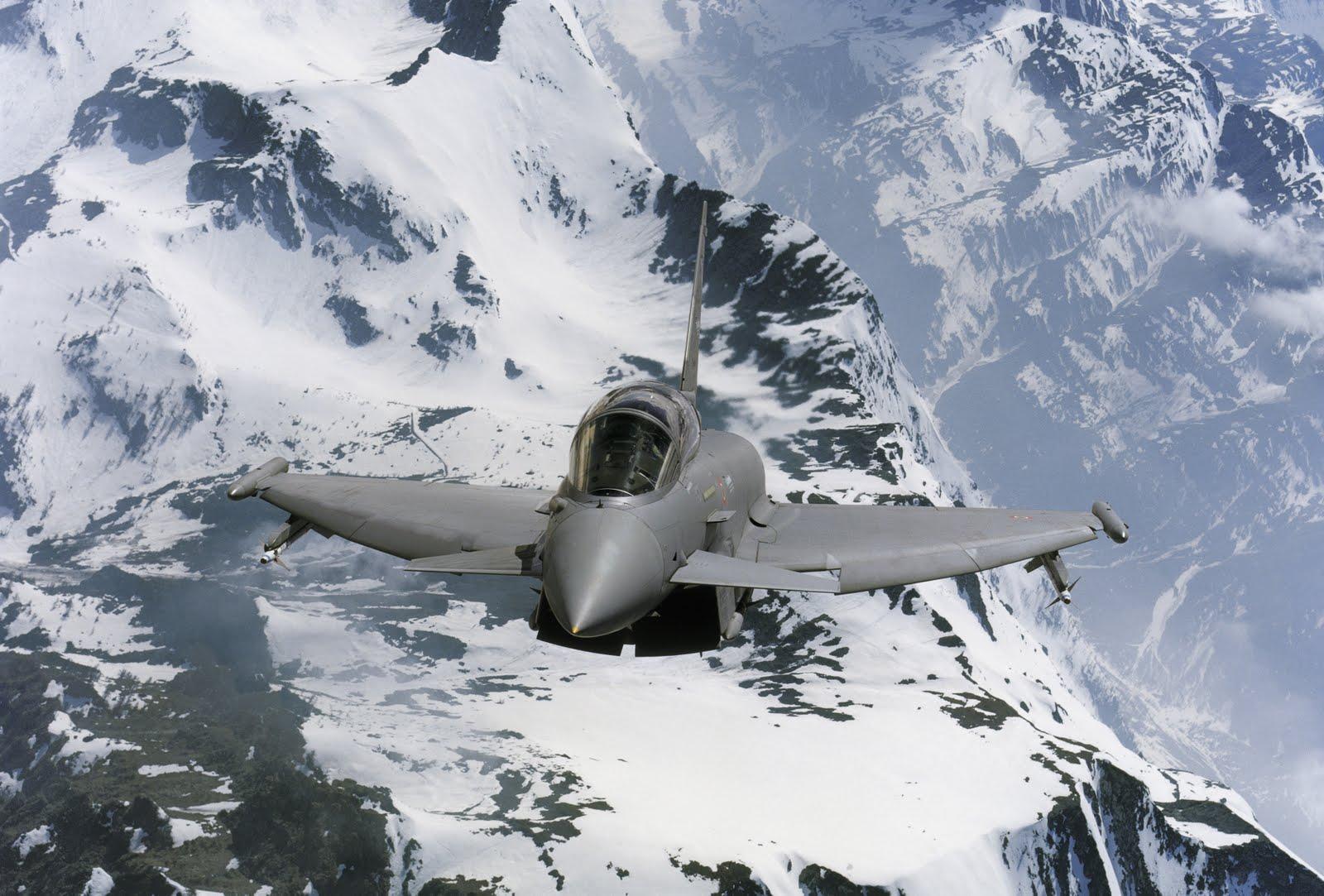 أحسن 10 طائرات بالعالم  00001_357