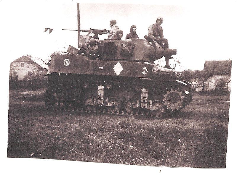 """ lance patates "" obusier automoteur M8 Tamiya 1/35 RICM 1945 Temp"