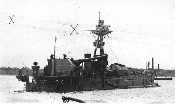 Monitors  HMSGeneralWolfe