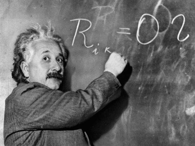 Vous sentez - vous vieux(eille) con(ne) ? - Page 3 Einstein